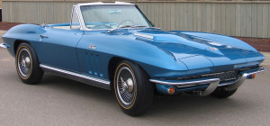 1965_Chevrolet_Corvette_(_C2_)_Stingray_convertible_006_5065